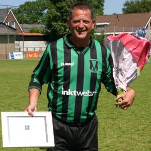 Inktweb sponsor voetbalteam SV Vrone